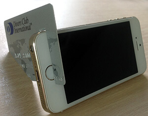 credit card stand for smartphone