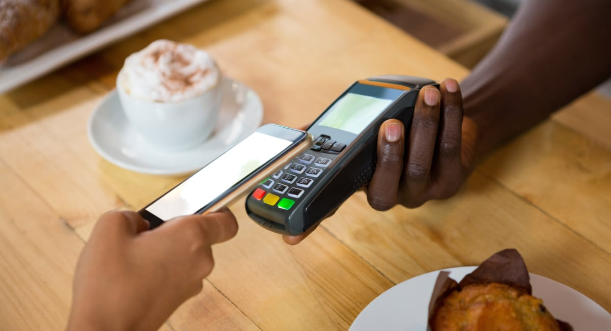 Mobile payment on Ingenico terminal in a cafe